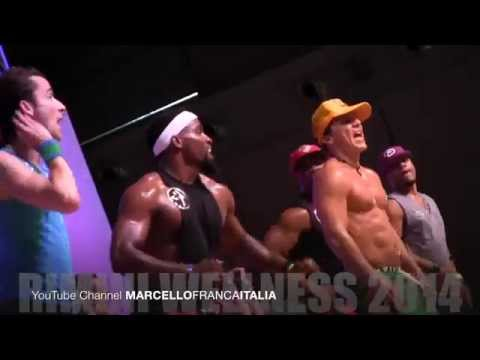 RIMINI WELLNESS 2014 : BETO PEREZ in ZUMBA fitness MIX MASTERCLASS on stage #04