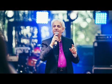 Passing on the Anointing. Pastor Benny Hinn.