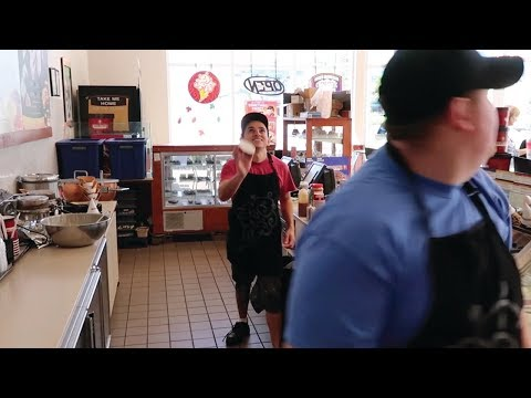 WORKING AT COLD STONE CREAMERY | EP.10