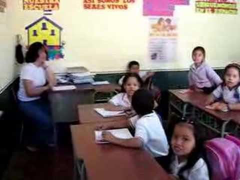 El Salvador Schoolchildren