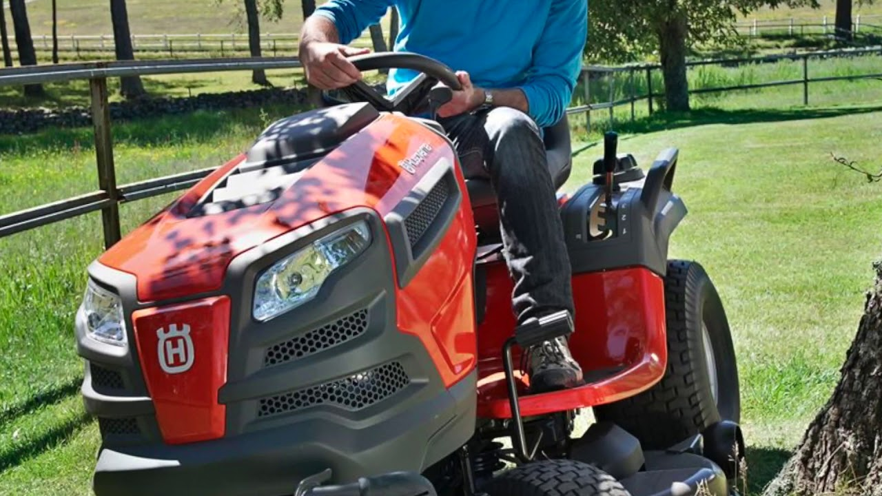 2018 Husqvarna YT42DXLS Lawn Tractor Unboxing