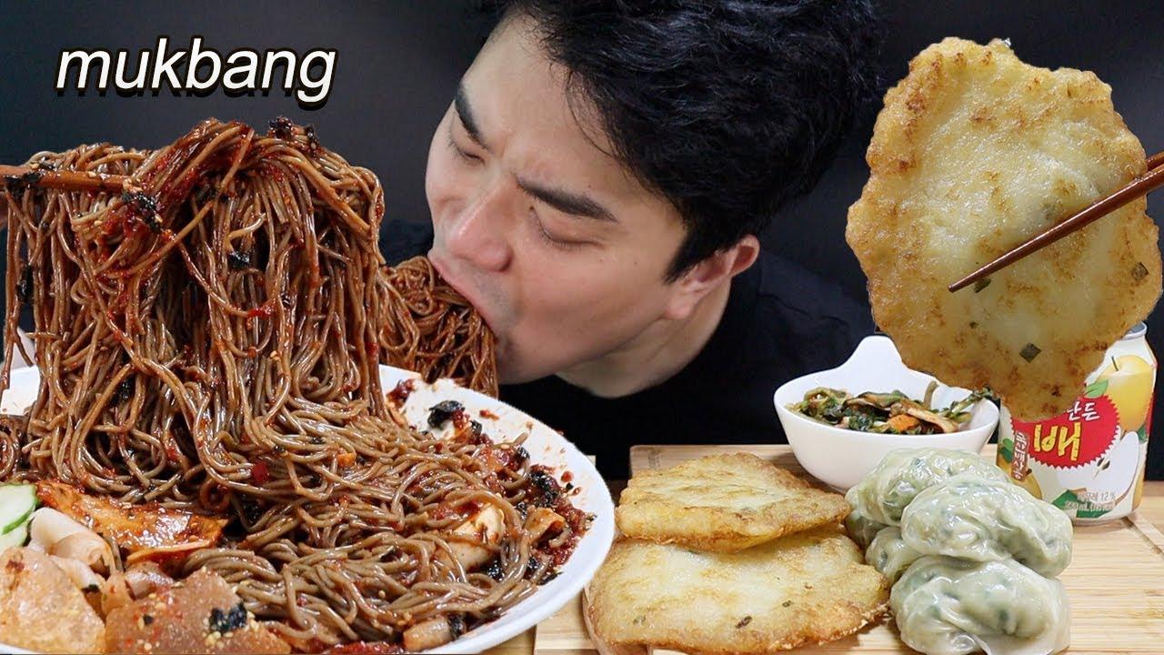 매콤새콤 시원한 막국수 & 감자전 & 만두 먹방ASMR MUKBANG Spicy Mak-Guk-Su & potato Joen & Dumpling EATING SHOW