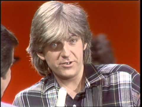 Dick Clark Interviews Nick Lowe - American Bandstand 1982