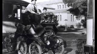 THE LAUREL AND HARDY THEME