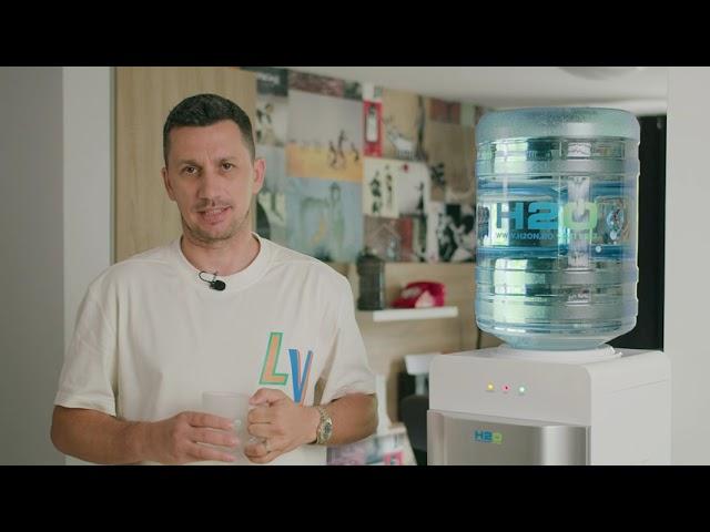 Mulțumim FlickDomnulRima!!! Ne bucurăm că ai găsit inspirație în apa și cafeaua de la noi. 🥰 ✨ ☕
