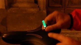 luce su valvola Bike Car Tire Tyre Wheel Valve Caps LED Flash Light Neon Lamp Night
