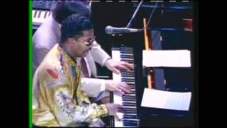 ANTONIO CARLOS JOBIM & Herbie Hancock - Wave. 1993 Tribute concert live in Sao Paolo.