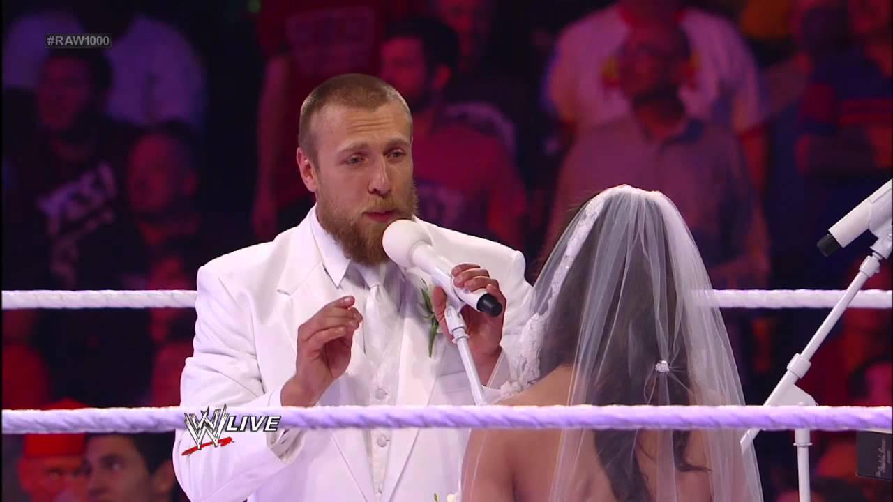 Slick prepares to marry AJ and Daniel Bryan: Raw, July 23 ... Wwe Aj Lee And Daniel Bryan Wedding