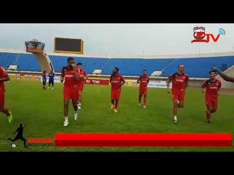Peter Odemwingie dkk Jajal Stadion Si Jalak Harupat Bandung