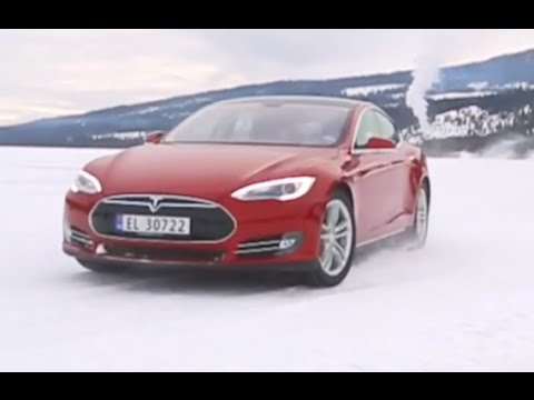 Whats A Tesla Like On Snow? Tesla Model S Driving ...