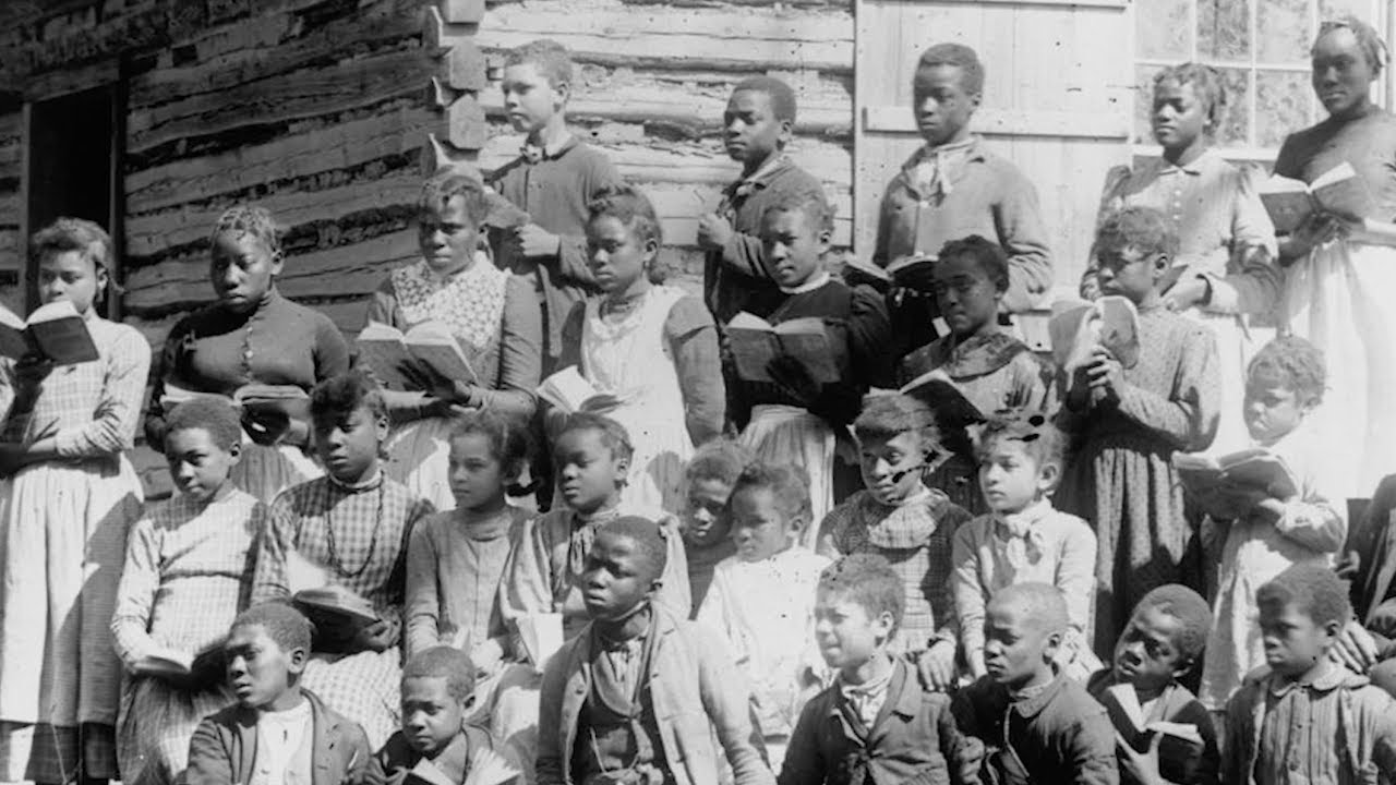 a history of the segregation in american schools and the early de segregation The prudent policy is to move forward to integrate schools de the history of residential racial segregation  american apartheid: segregation and the making.