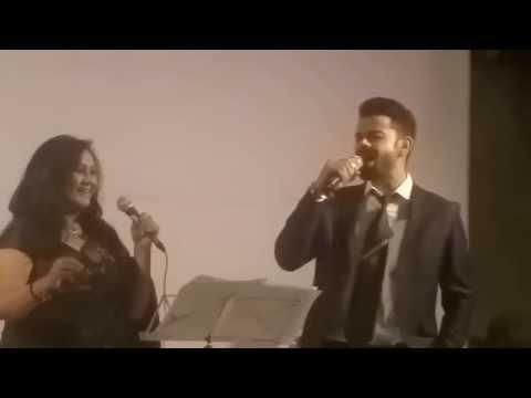 VIRAT KOHLI SINGING Jo Wada Kiya Woh...