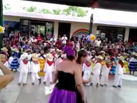 Bailes infantiles zones de pochutla youtube - Baules infantiles ...