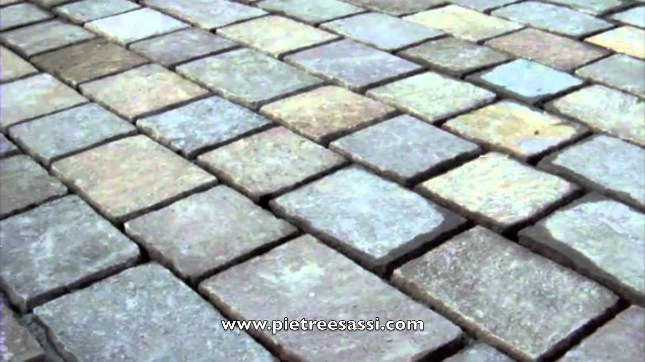 Pietre e sassi pavimentazione da giardino in pietra for Ciottoli da giardino leroy merlin