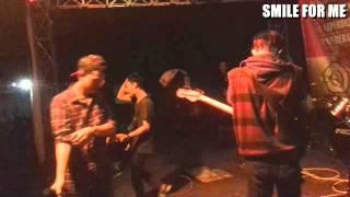Download lagu SMILE FOR ME (POPPUNK) LIVE DARI MATA SANG GARUDA (COVER)