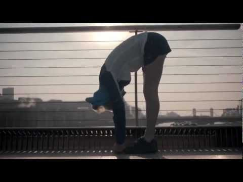 Ellie Goulding – Music Runs Ellie