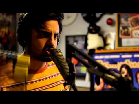 """Young The Giant - """"Crystallized"""" (Live At 92.9 KJEE)"""
