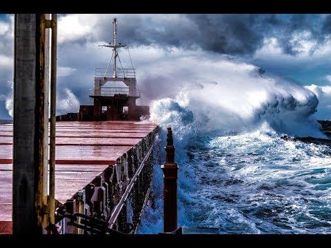 Multipurpose Vessel 'Cimbris' in choppy seas