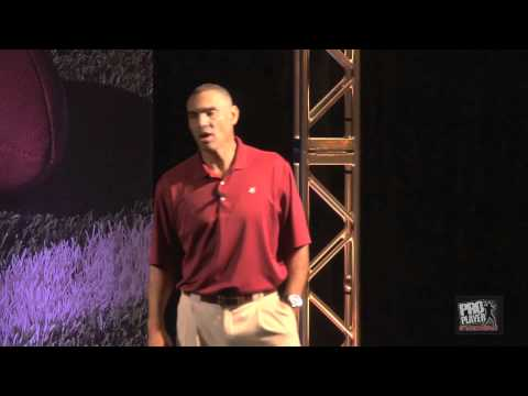 Herm Edwards Speaks to the Rookies, Part 1