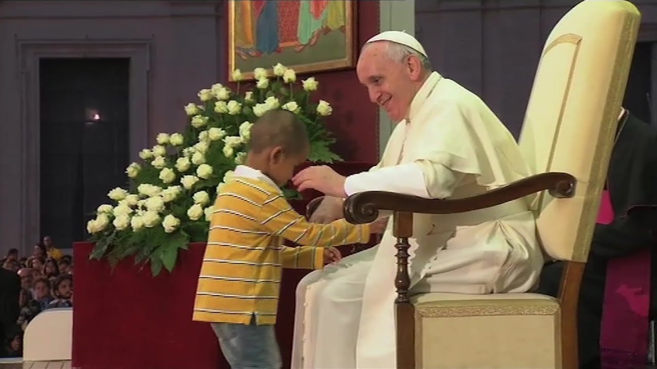 Pope Francis' priceless encounters with kids
