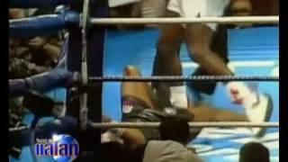 Repeat youtube video 21ปี Mike Tysonโดนน็อค