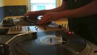 DJ Endless beatjuggling + freestyle scratch (Skip Proof Scratchers)