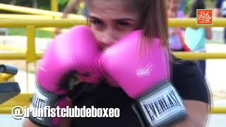 ¡En el Parche - Nos Vemos! Iron Fist Club de boxeo, música acústica