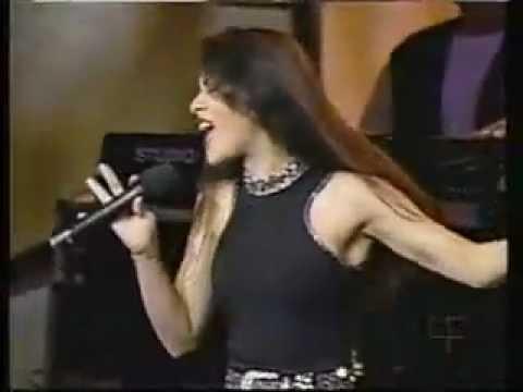 Selena Perez en vivo - Amor Prohibido y Bidi Bidi Bom Bom - Miami HD