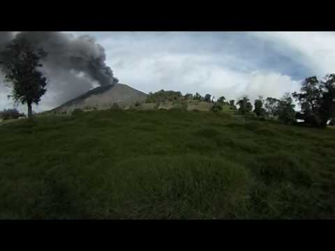 Turrialba Volcano erupting ashes 360