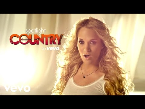 """Carrie Underwood's """"Waiting All Day For Sunday Night"""" (Spotlight Country)"""