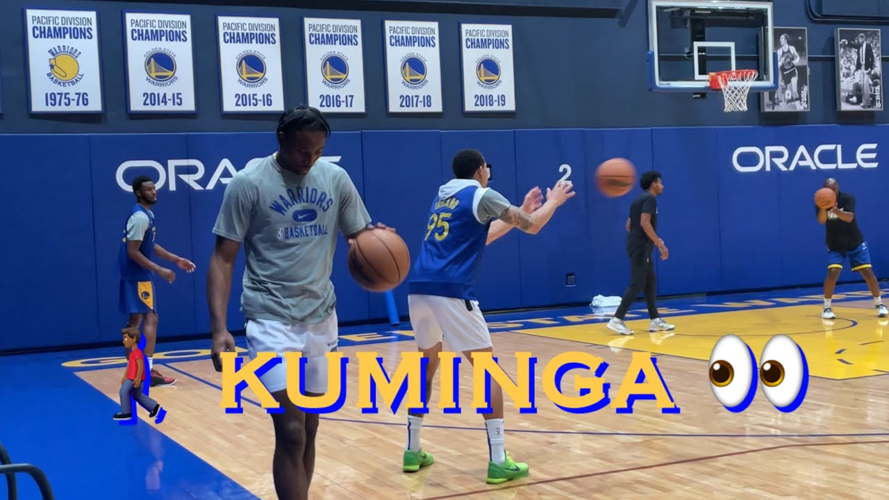 Download 📺 Kuminga (injured, did not practice) walks by during Juan Toscano-Anderson x Wiggins workout/3s