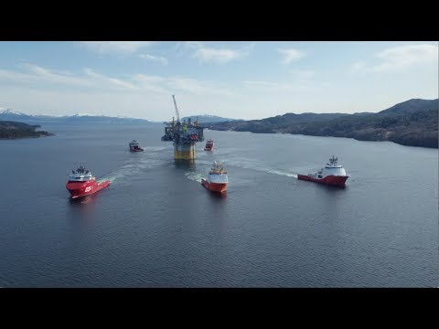 Aasta Hansteen: Tow out