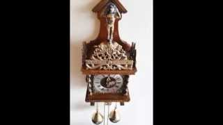 Stunning Warmink Vintage Dutch 8 Day Nut Wood Zaanse Wall Clock