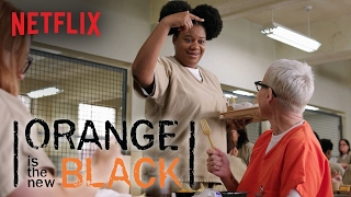 Repeat youtube video Orange Is The New Black - Season 3 | Bloopers | Netflix