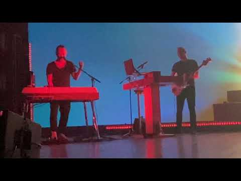 Interference   Thom Yorke (live from center rail) 09/30/19 Express Live (Columbus, OH)