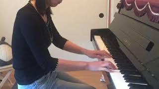 こんな音狂いまくったピアノで申し訳ないです。 何回弾いても上手くいかないので、これで限界でした(T ^ T) 久石譲さんが弾いてる動画を見て、...