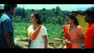 Mudhal Kanave Tamil Movie Scenes | Honey Rose Beats Vikram