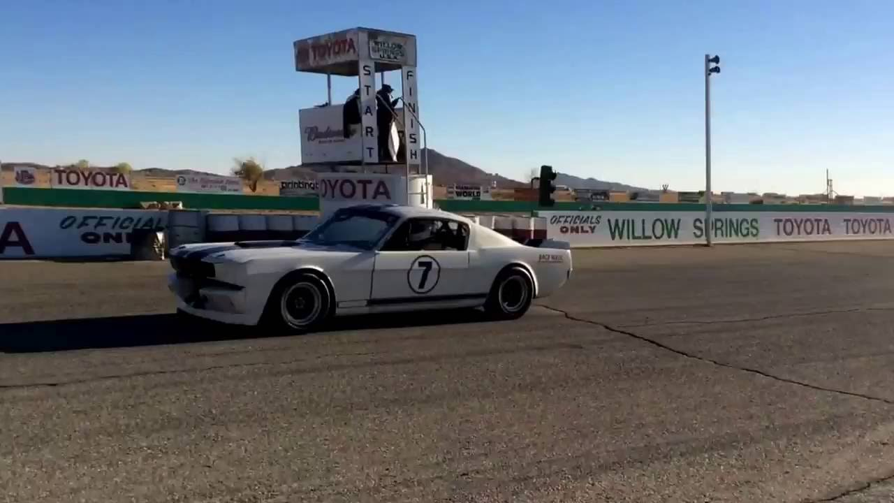 VARA 2016 Big Bore Bash at Willow Springs Raceway! Pit Tour. - YouTube