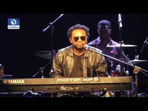 EN: Cobhams Asuquo, BEZ, Others Stage Free Performance For Fans