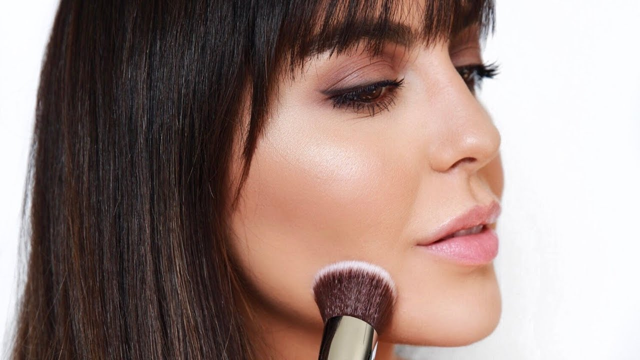 5 Easy Makeup SOLUTIONS TO Make Round Face Look Thin Instantly