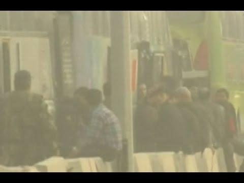 حافلات تقل مسلحين وأسرهم مغادرةً حرستا في الغوطة صوب إدلب  - نشر قبل 10 ساعة