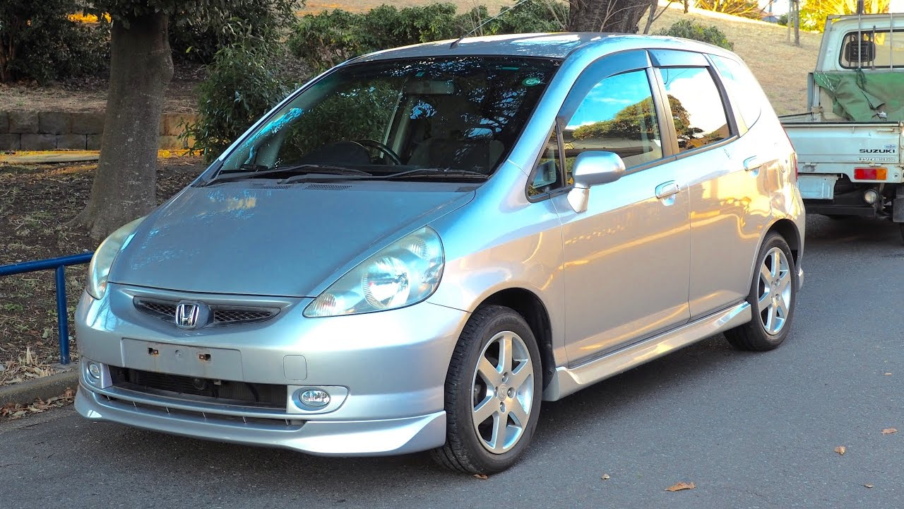 2002 Honda Fit 1300cc Canada Import Japan Auction Purchase Review