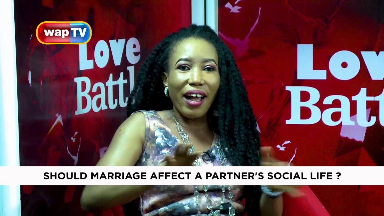 Download Love Battle: Should Marriage Affect a Partner's Social Life?