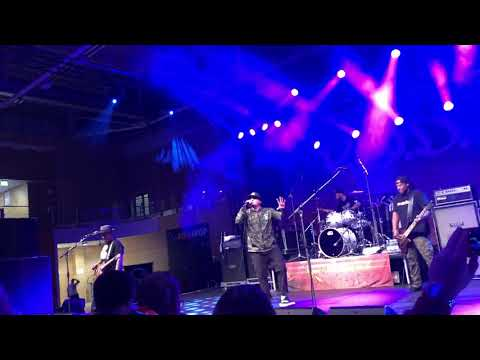 Rockin' with the best by P.O.D(payableOnDeath) Live concert in Germany.