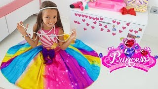 Öykü going to the Princess Party