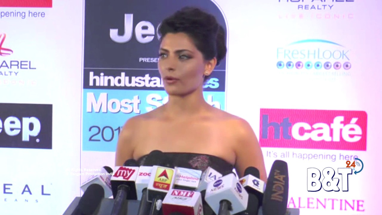 saiyami kher showing deep cleavage assets at the red carpet of ht