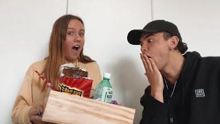 New Zealanders try Asian Snacks | 18 & Pregnant