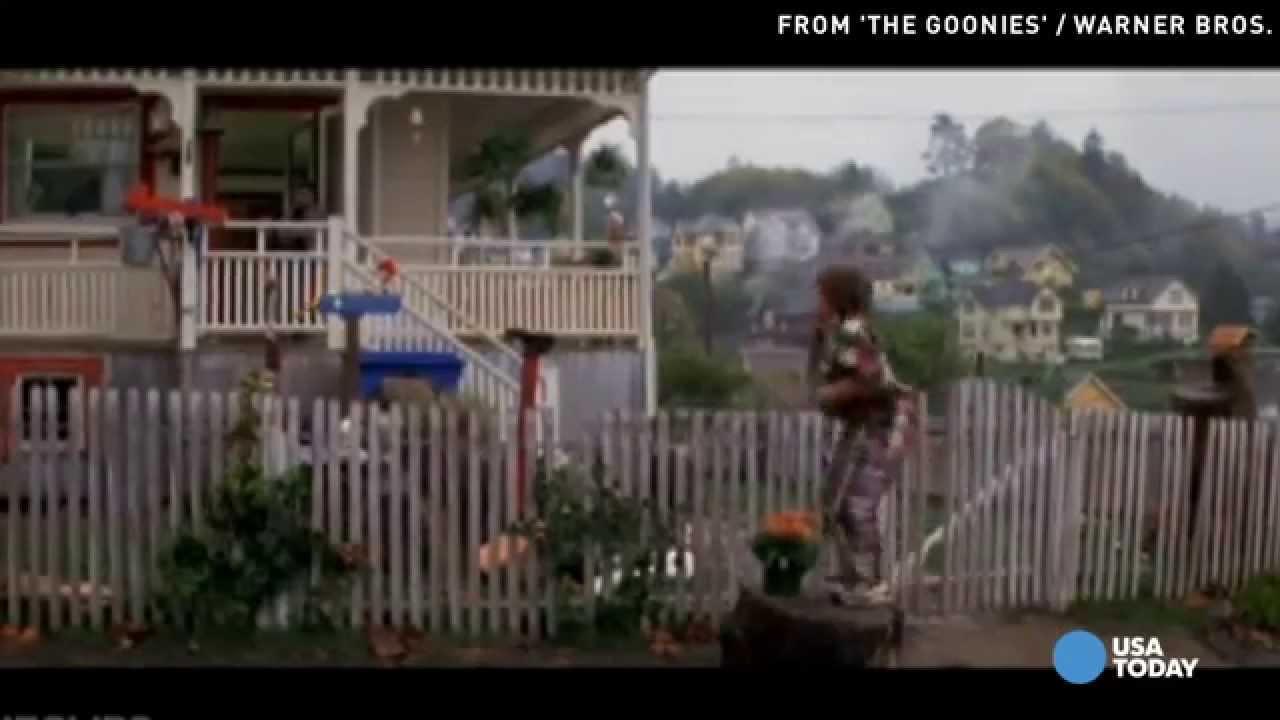 U0027Gooniesu0027 House Owner Tarps Home To Stop Tourists