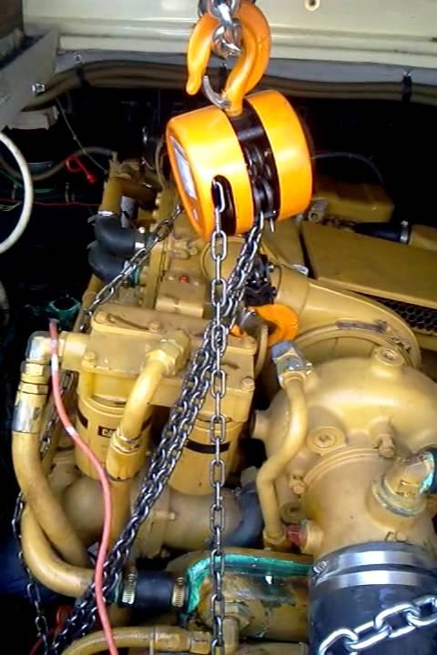 Replacing Oil Pan on 3208 Caterpillar Diesel (In the water)