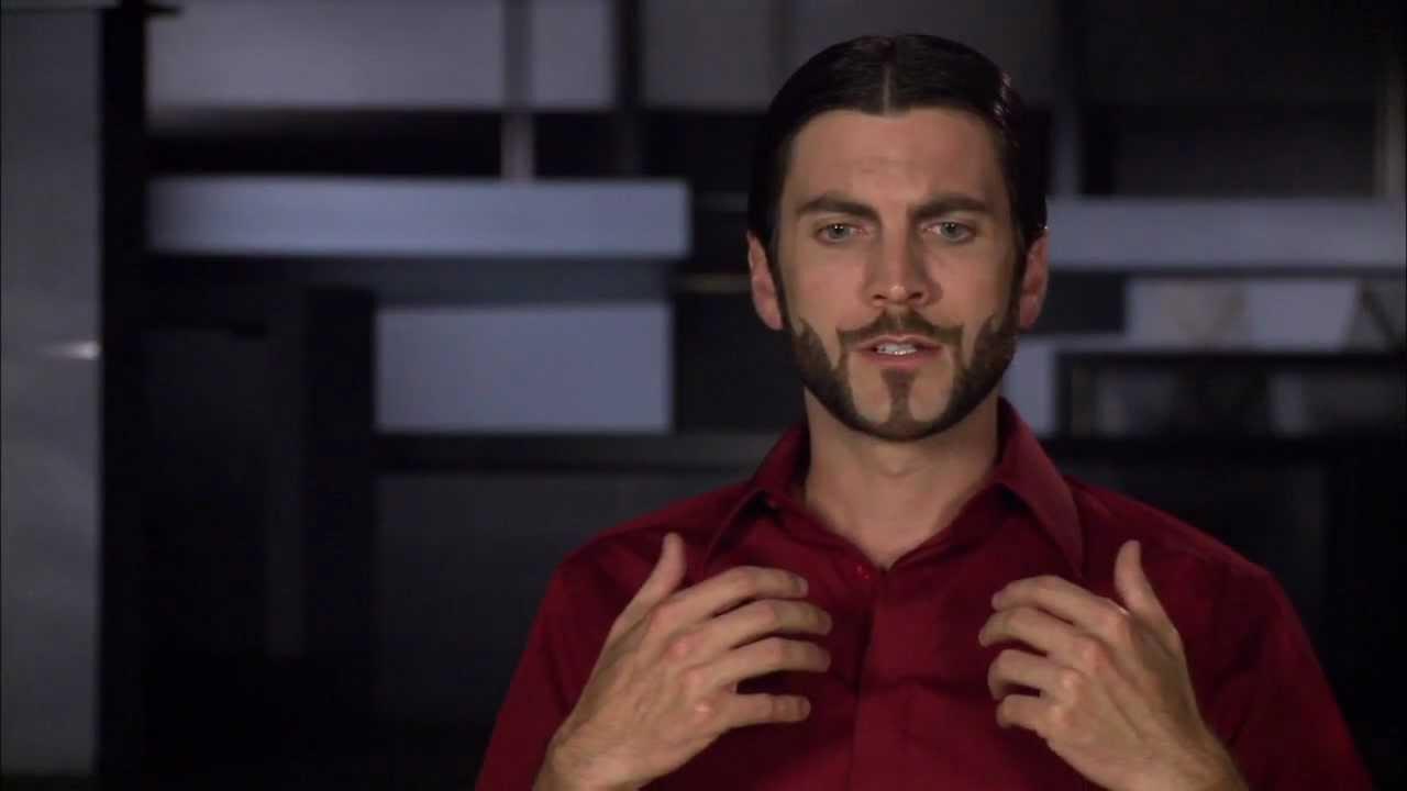 25+ Hunger Games Seneca Crane Beard Pictures